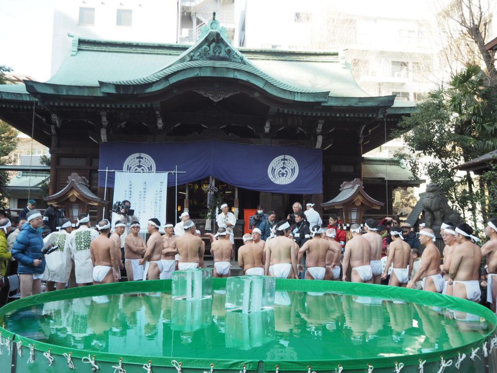 鉄砲洲稲荷神社寒中水浴3
