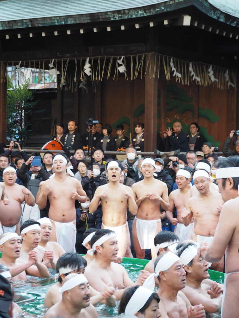 鉄砲洲稲荷神社寒中水浴4