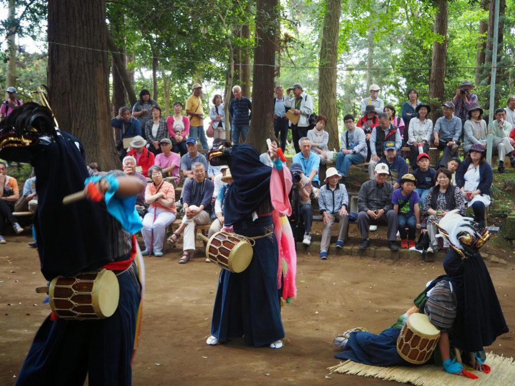 鳥海神社の獅子舞5