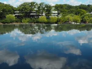 秋田県立美術館2
