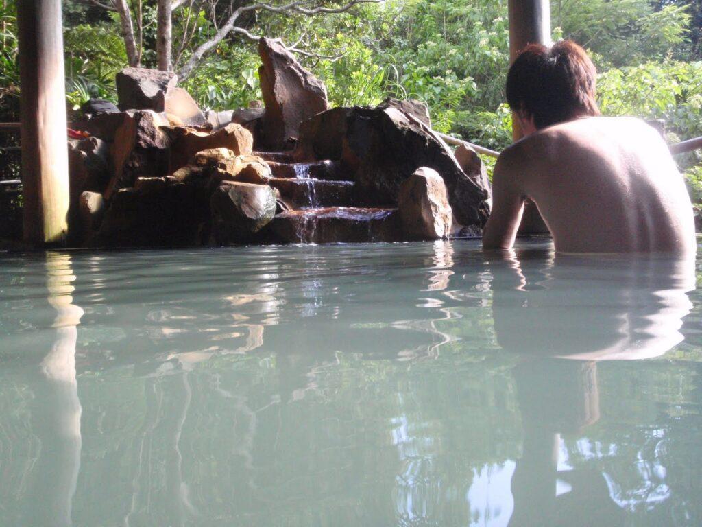 裏見ヶ滝温泉3