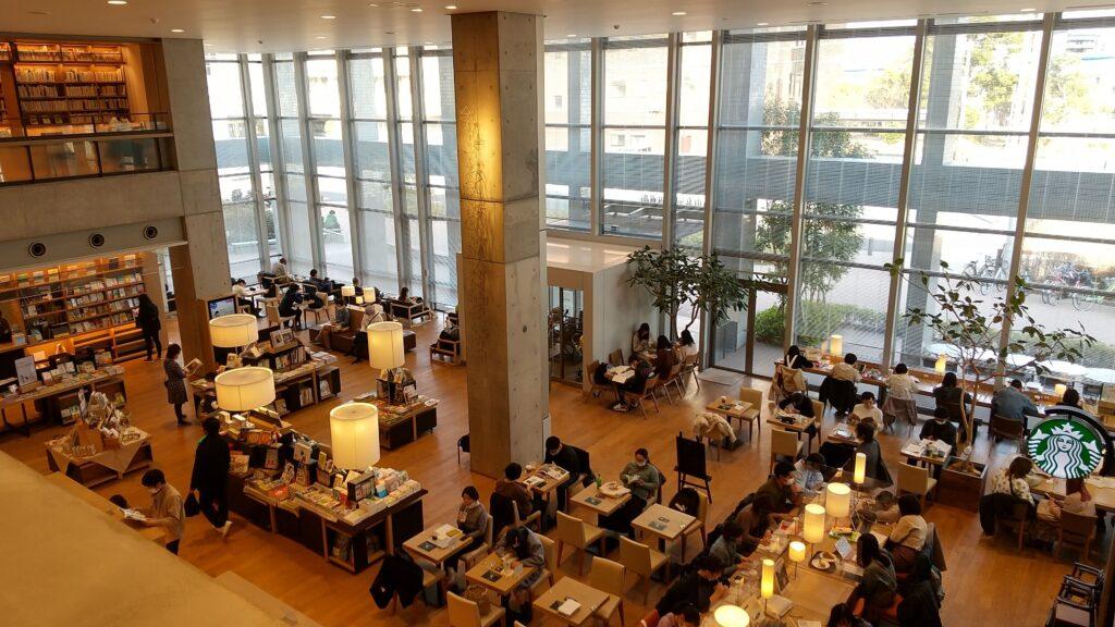 海老名市立中央図書館4