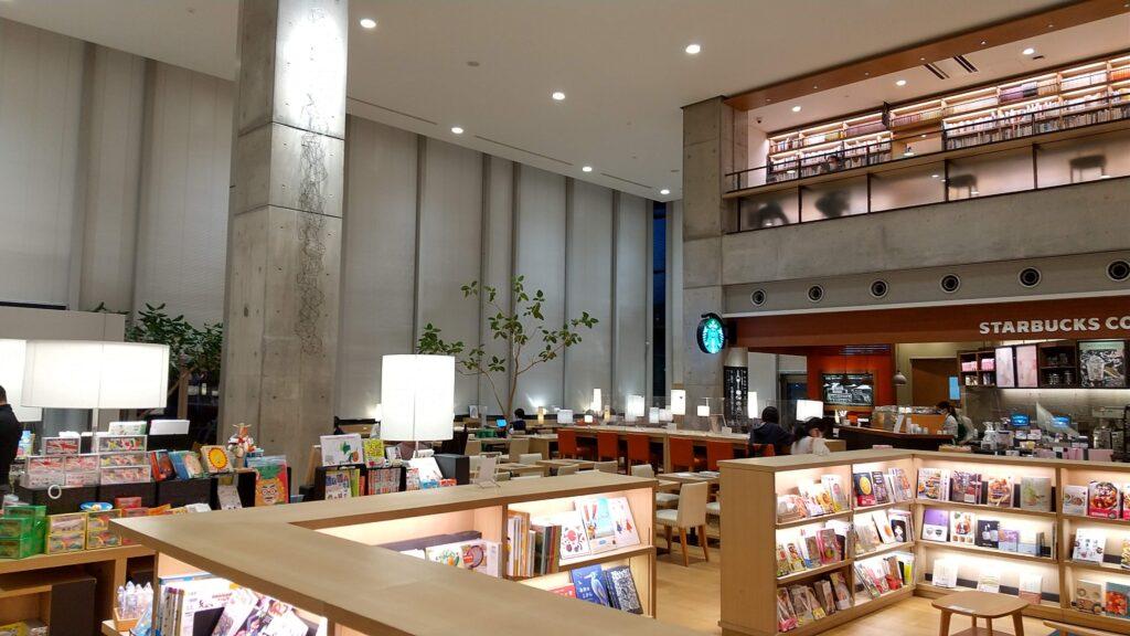 海老名市立中央図書館2