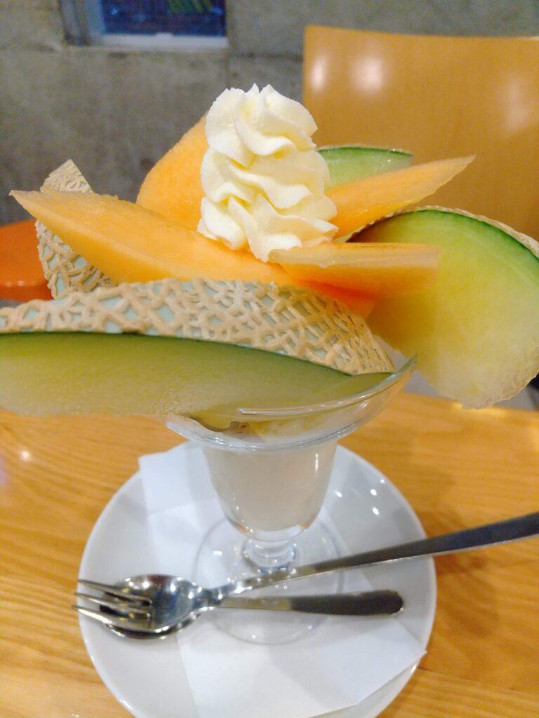 フルーツパフェ1